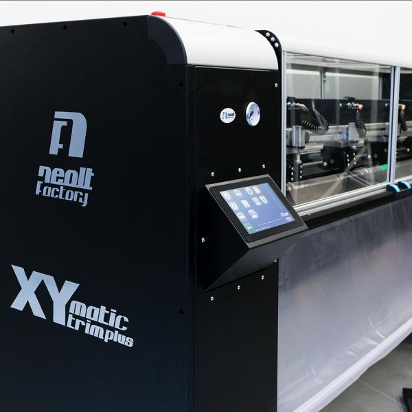 xy-matic-trim-plus-12-1087x874-chatel-reprographie-plieuse-coupeuse-scanner-plans-a0